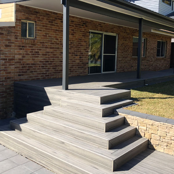 HYSPEC-Timber-Decking-600x600-4